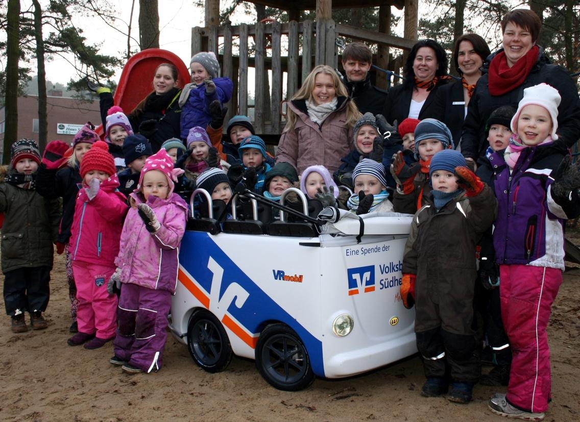 VR-Mobil Kinderbus für den Kindergarten Faßberg